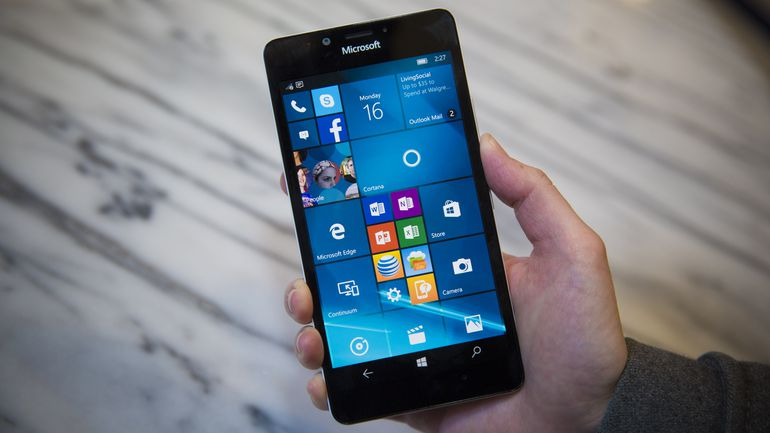 AT&T and Microsoft come together to drop Lumia Price
